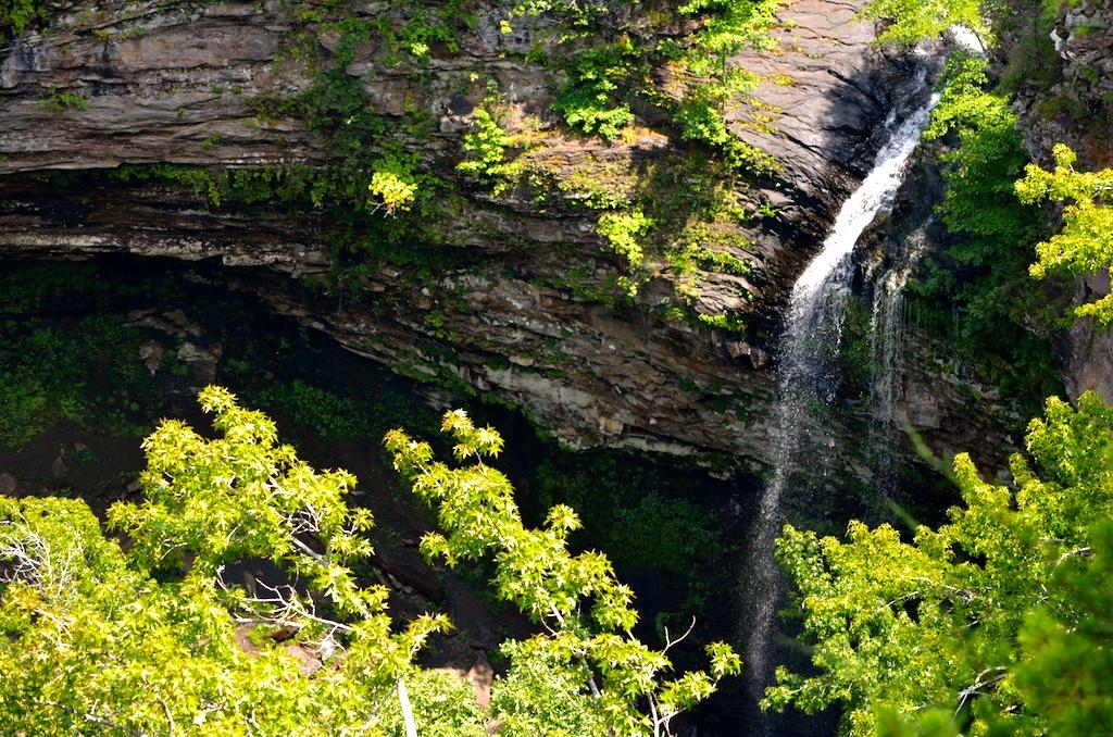 Cedar Falls Petit Jean State Park