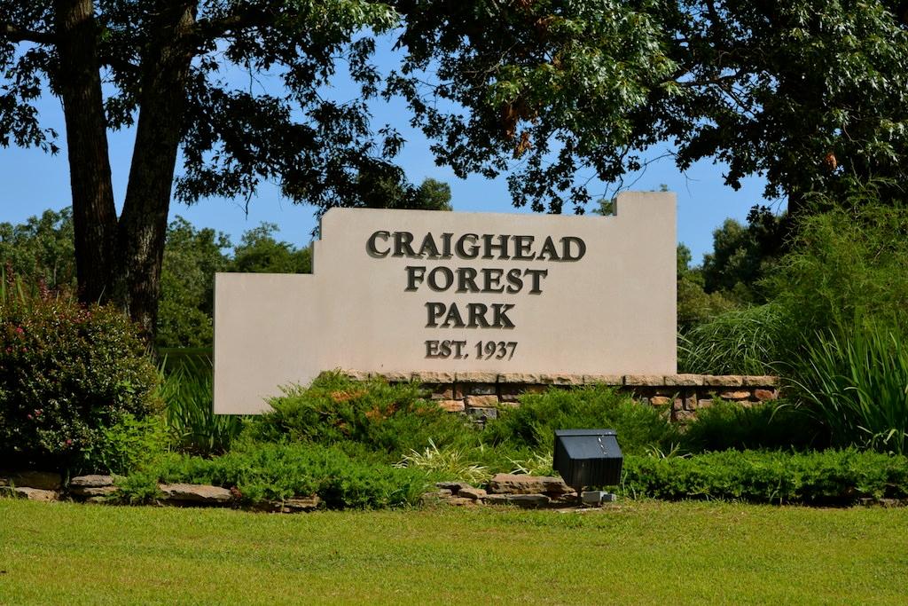 Craighead Forest Park Entrance
